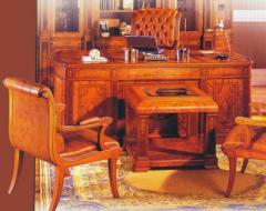 Деревянная мебель для кабинетов.
