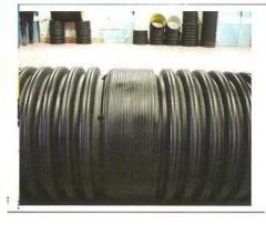 Flexible multilayered pipes from polyethylene for