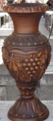 Vase decorative handwork a tree nut (valuable