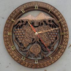 Handwork wall clock, tree nut, diam.28sm are