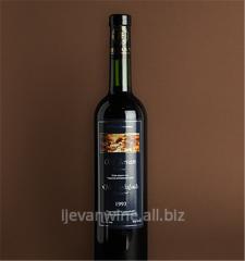 Вино Старый Иджеван - темно-соломенного цвета, изумителный аромат и вкус,Кондиции; Креп. 15-17%, сах. 140-200 г. дм куб.