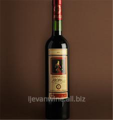 Вино `Назели` полудесертное из виноградных сортов Кахети и Неркарат. Кондиции: спирт 16%, сахар 5-12%.