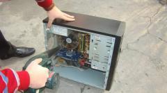 Очистка от пыли компонентов компьютера